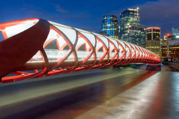 The Peace Bridge 2012, Memorial Drive, Calgary by Spanish architect and Structural Engineer Santiago Calatrava