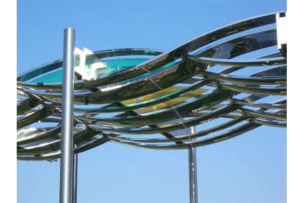 Detail of the Stainless Steel Canopy Mesa Art Centre Arizona in polished 316 Stainless & The wonder of a canopy - Doublestone Steel