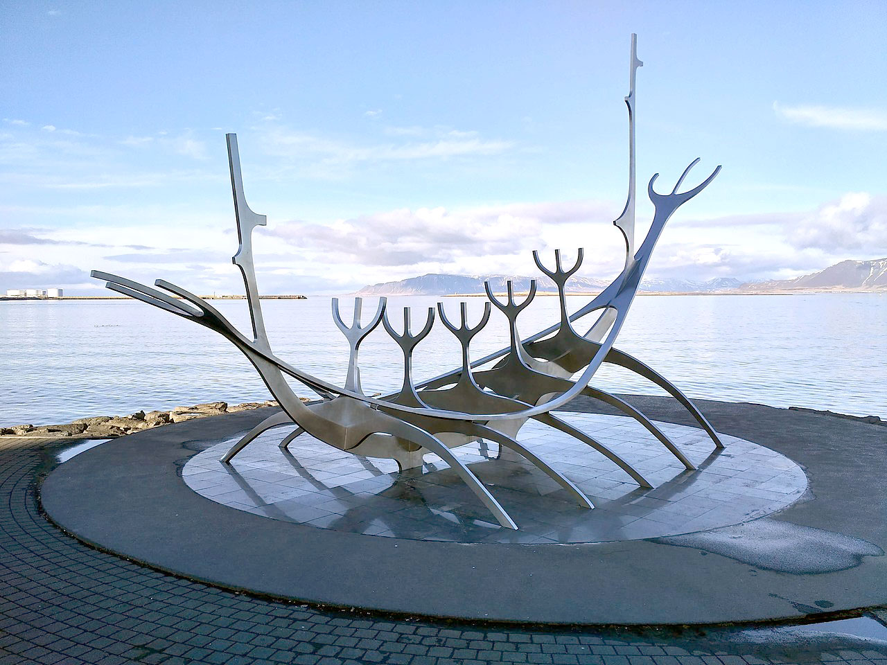 The Sun Voyager sculpture in Reykjavik by Jón Gunnar Árnason. Photograph by Jo Dusepo.