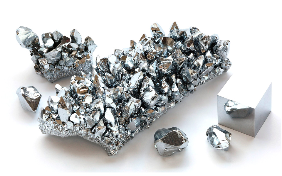 Chromium (Cr) – The discovery of chromium, its origins and wide-ranging industrial and aesthetic applications